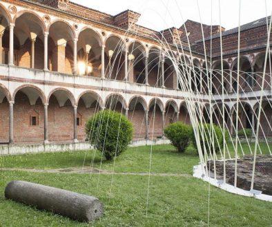 Documentazione installazione Suspended Colors di Nicolas Gwenael al Fourisalone 2011 all'Università degli Studi di Milano.
