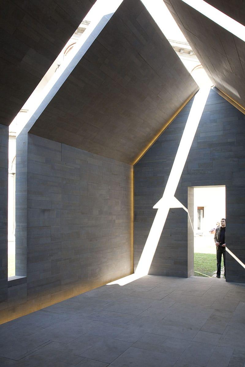 Documentazione Installazione House of Stone di John Pawson al Fuorisalone 2010